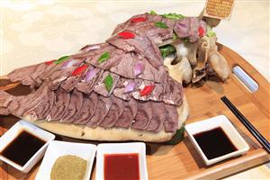 梦见吃牛头肉是什么意思